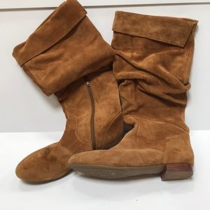Suede Brows cuffed boots - size 8